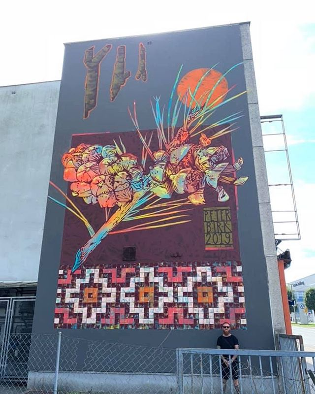 For godt en uge siden blev @underbridge.festival afholdt i Salzburg, Østrig. En street art festival som bl.a. @peter_birk og @_hnrx_ deltog i 🔥🎨 #Kunst #Festival #Projekt #Art #StreetArt #StreetArtFestival #WallArt #Salzburg #Austria #Artist #Exhibition #Udstilling #Photo #Kunstnere