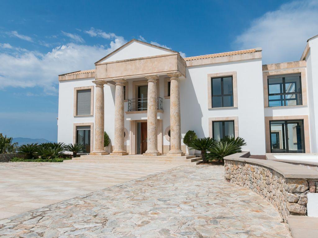 mansion18.jpg