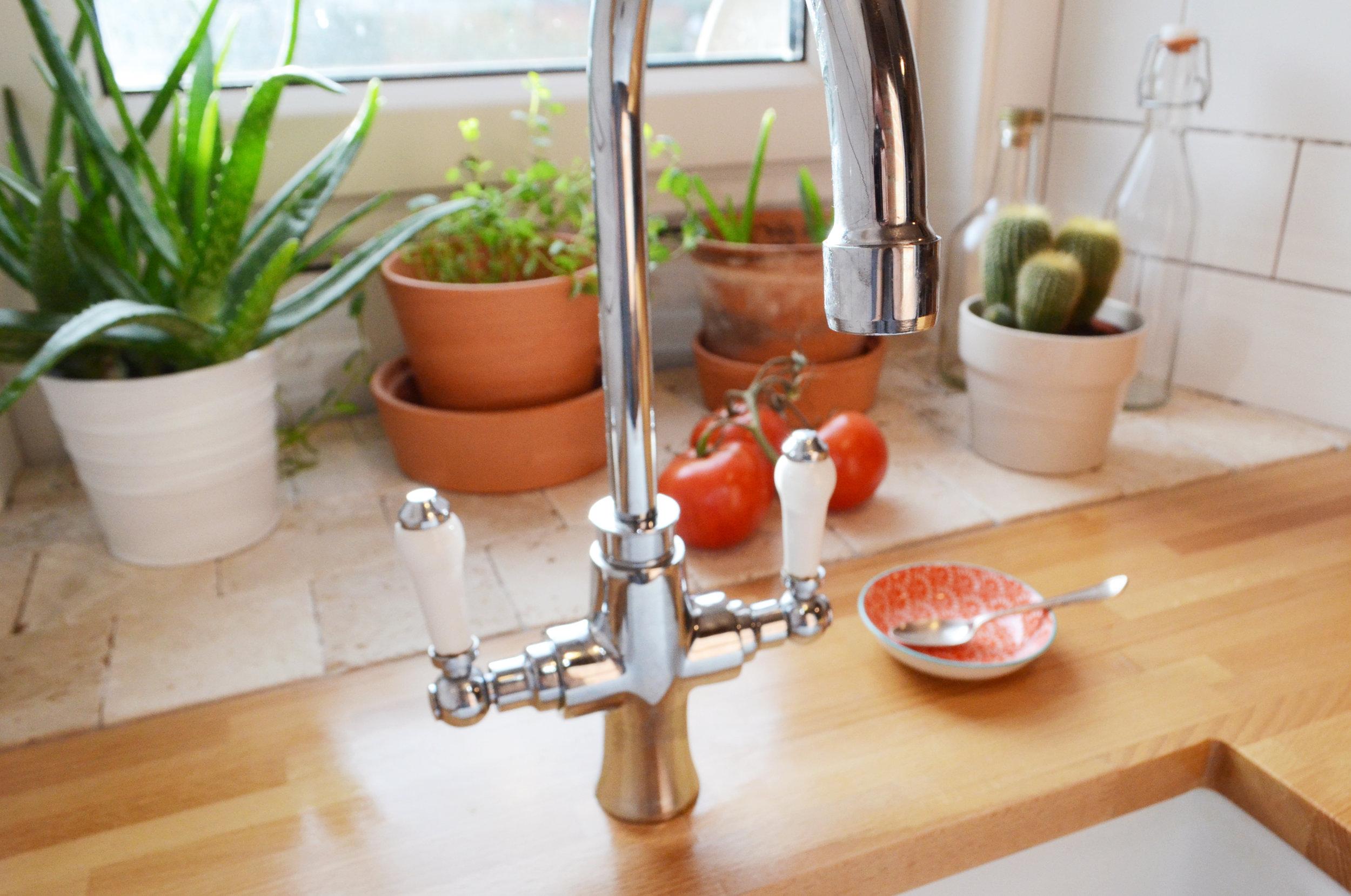 kitchen v3.jpg