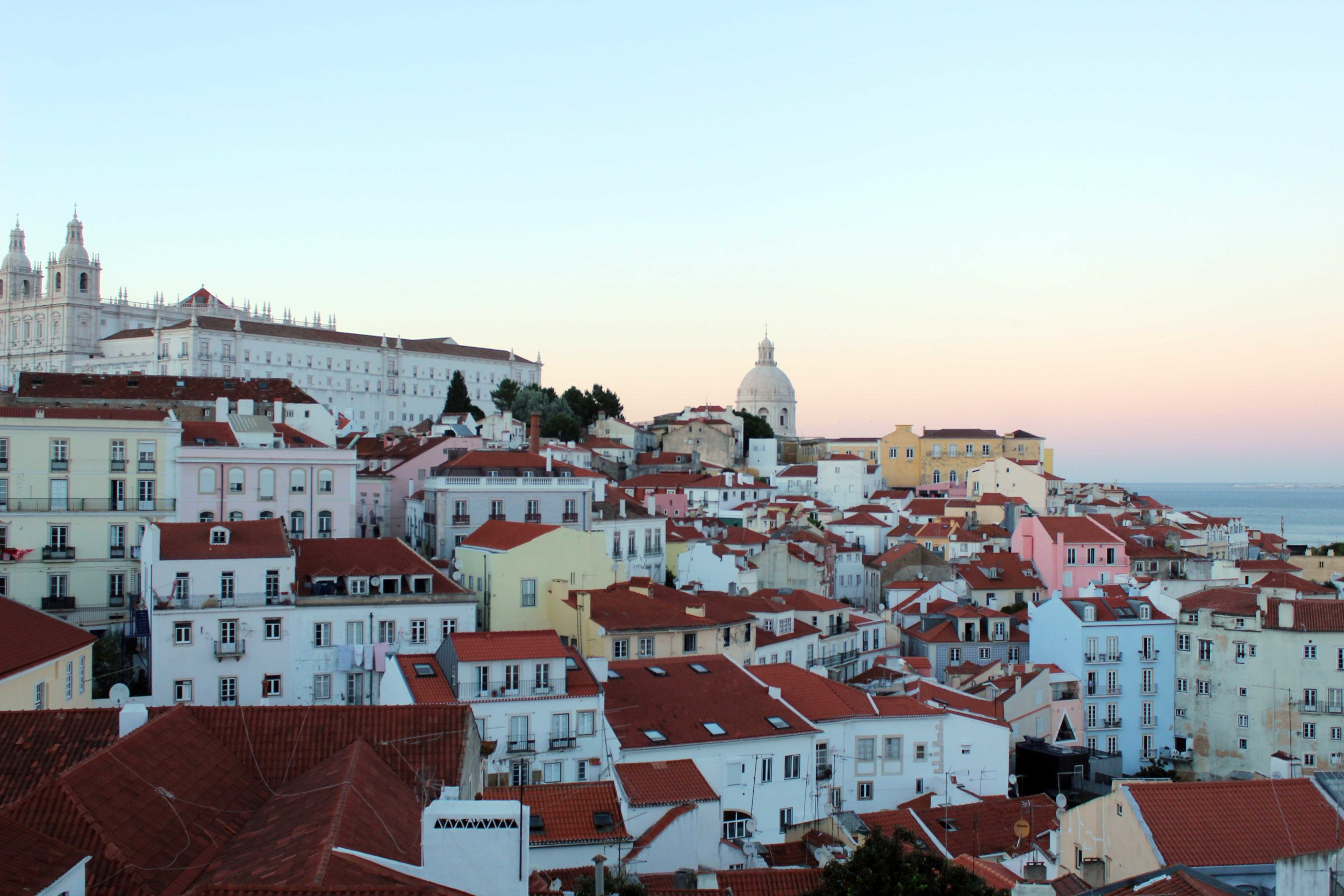 Travel Weekly  (Market Forces) – My primary commission to Lisbon in April 2017, this piece also covered my walking tour of Lisbon, as well as Porto, Evora, the Douro Valley, Evora and a farmstay