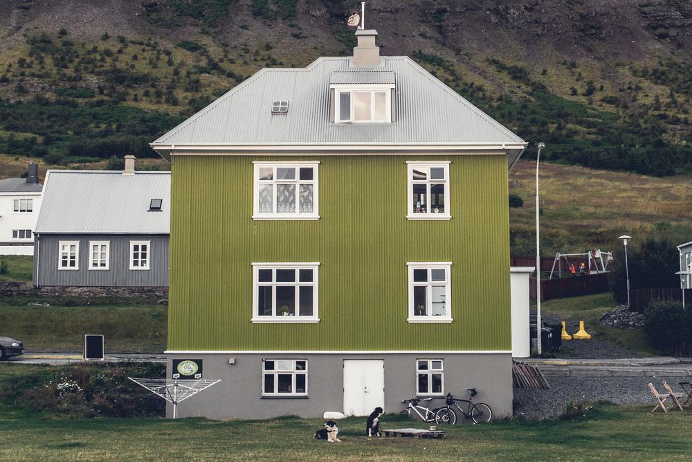 coffeehouse exterior