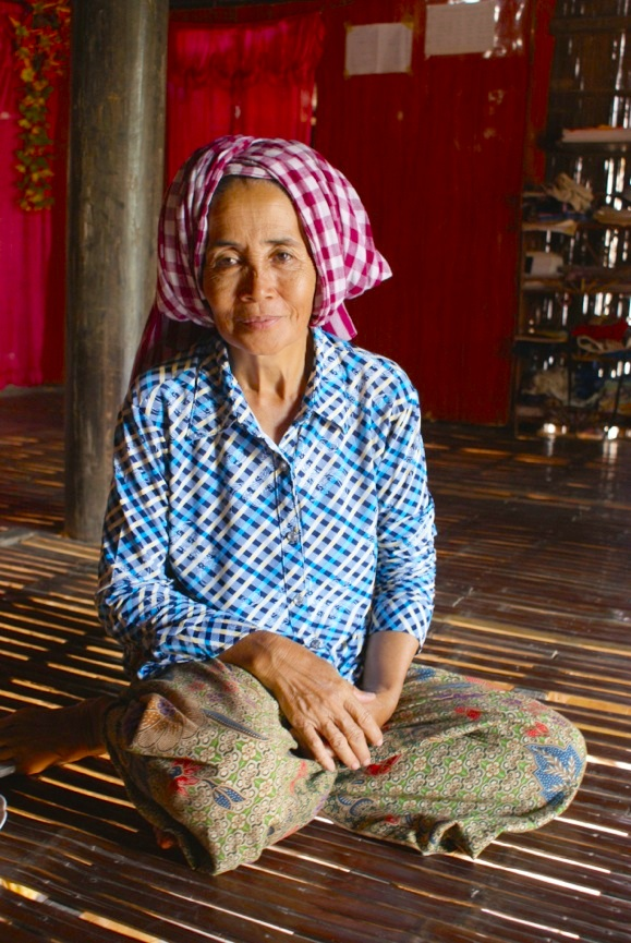 Woman in Svay Khleang, during conversation about the village's history