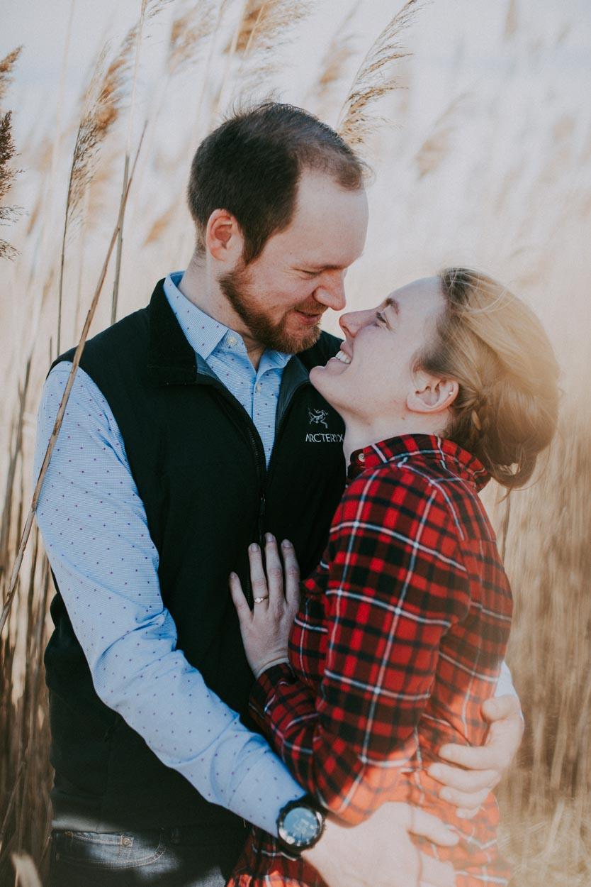 engagement-photography-look-elizabeth-moss-and-sterling-wall-at-lucy-vincent-beach13.jpg
