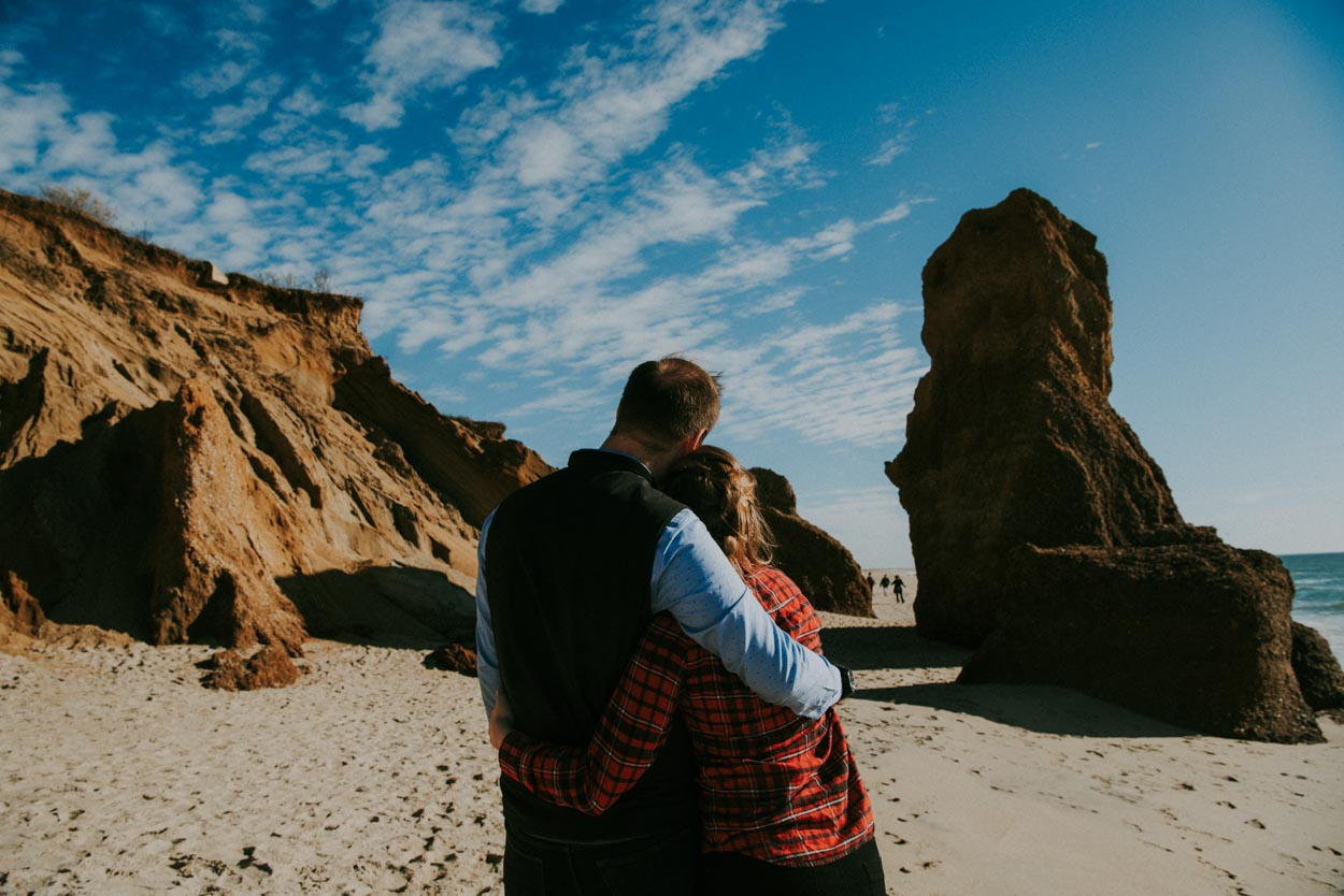 engagement-photography-view-elizabeth-moss-and-sterling-wall-at-lucy-vincent-beach12.jpg