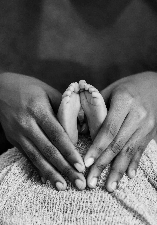 baby-legs-newborn-photography6.jpg