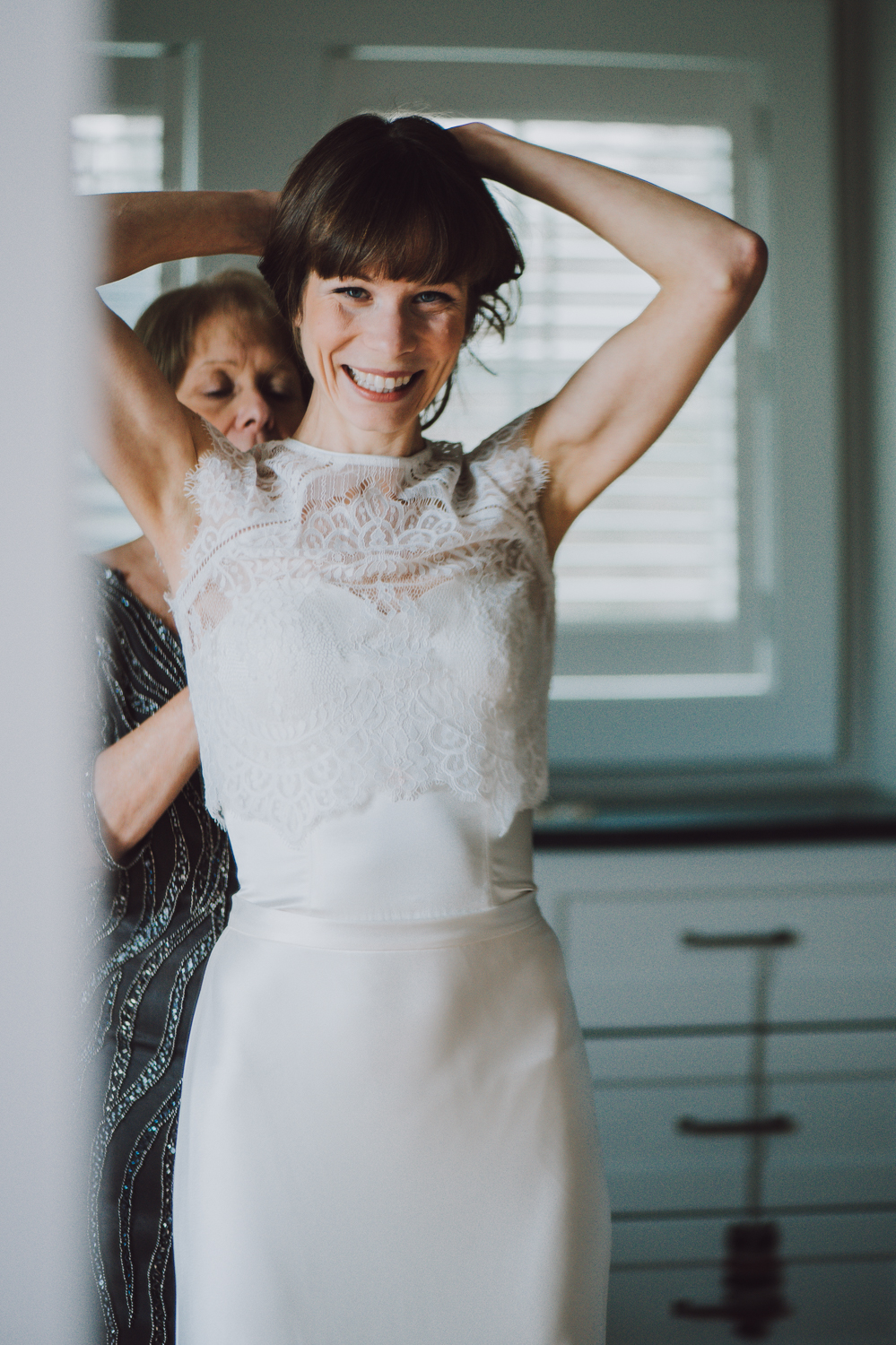 len_lynne_wedding_getting_ready_edgartown-1766.jpg
