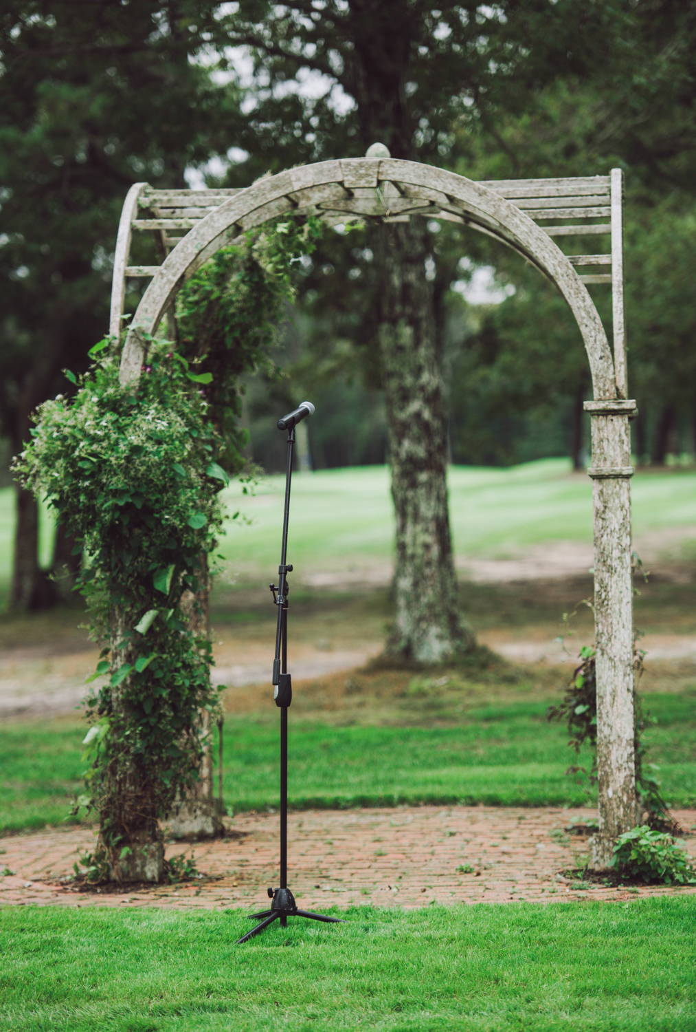 maureen_evan_wedding_marthas_vineyard-9429ceremony_farm_neck_golf_club_ceremony_farm_neck_golf_club.jpg