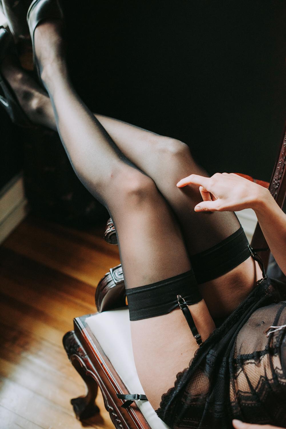 marthas_vineyard_boudoir_photographer_tamar_6.jpg