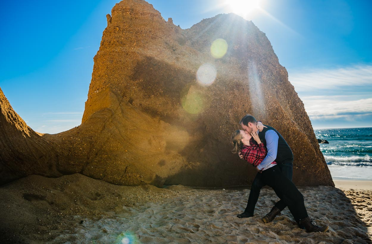 engagement-photography-dip-elizabeth-moss-and-sterling-wall-at-lucy-vincent-beach10.jpg