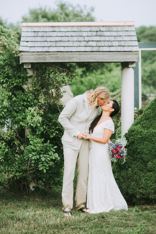 reception_duck_inn_aquinnah_wedding-3.jpg