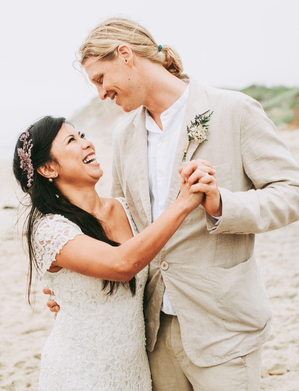 wedding_ceremony_aquinnah_beach-3.jpg