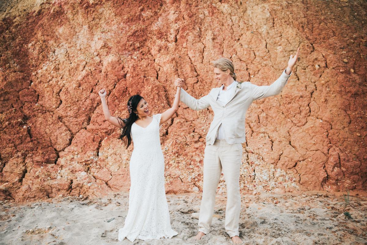 wedding_ceremony_aquinnah_beach-12.jpg