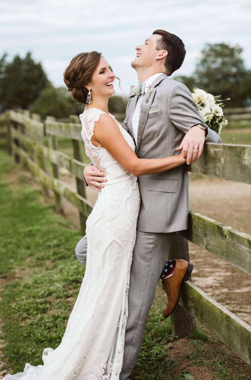ashley_jeff_marthas_vineyard_wedding_pond_view_farmDSC_0332.jpg