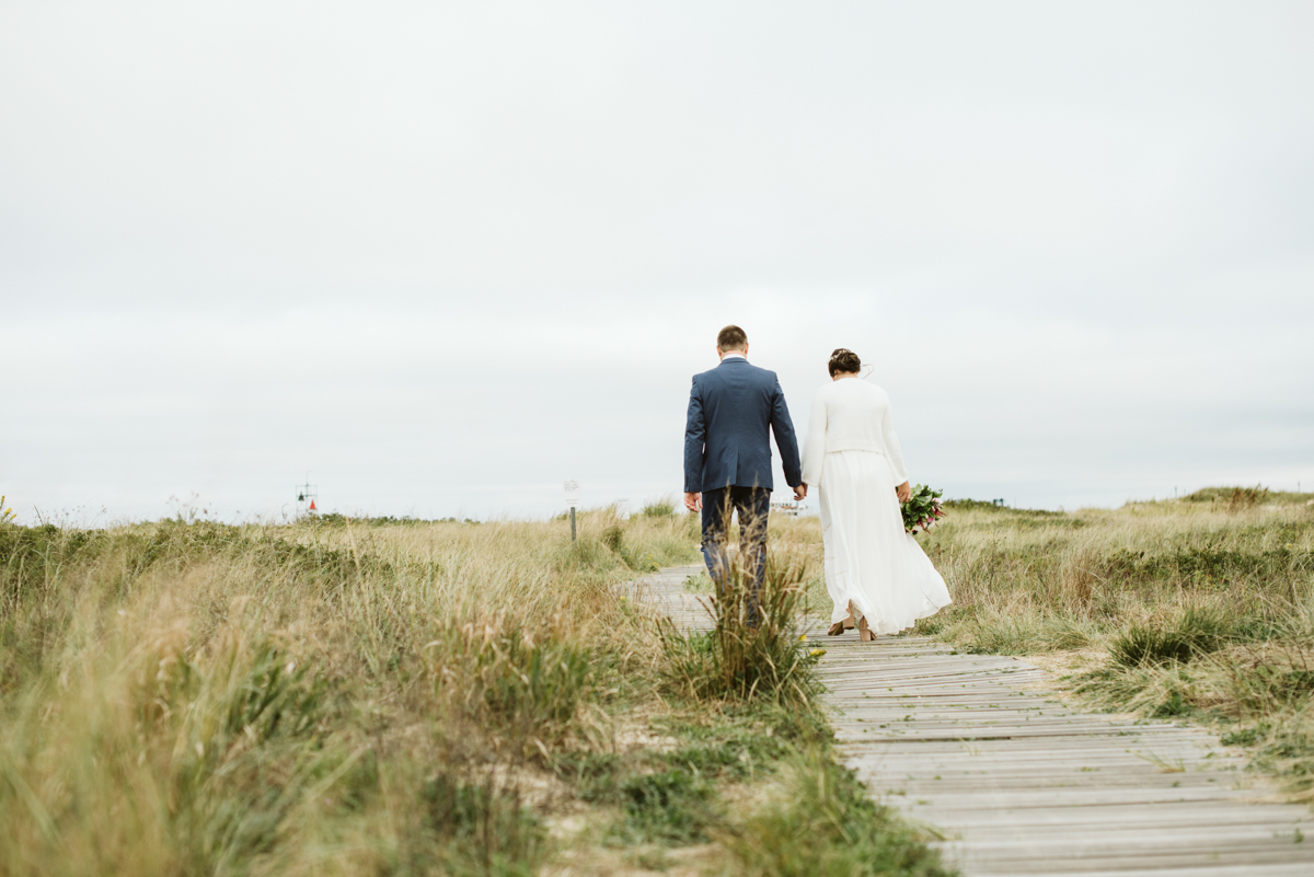 east_chop_beach_wedding_marthas_vineyard_DSC_4294.jpg