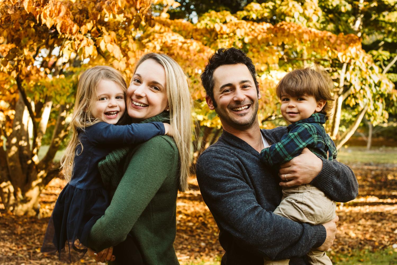 family_portrait_session_marthas_vineyard_photographer-4.jpg