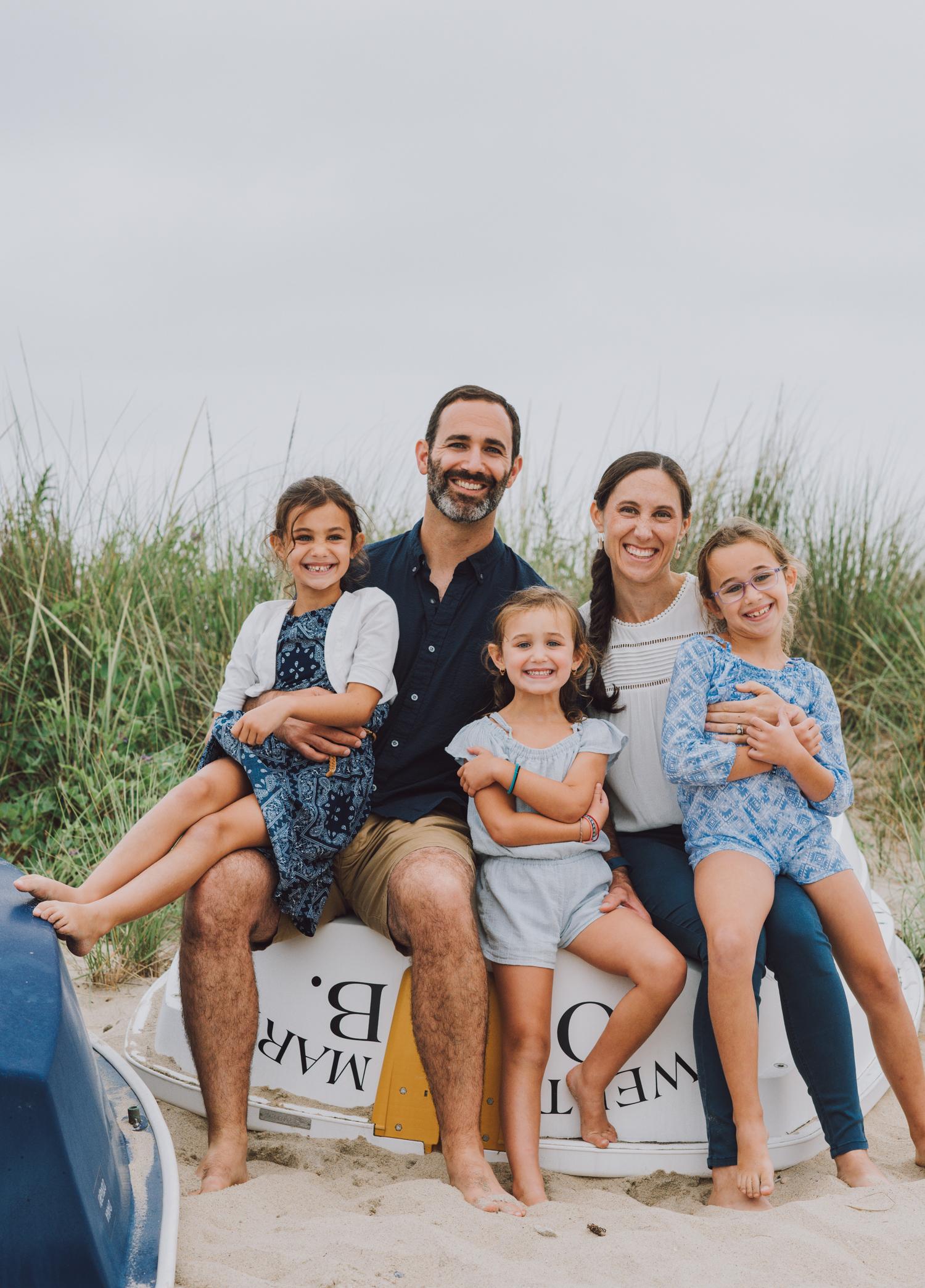family_portrait_session_marthas_vineyard_photographer-7.jpg