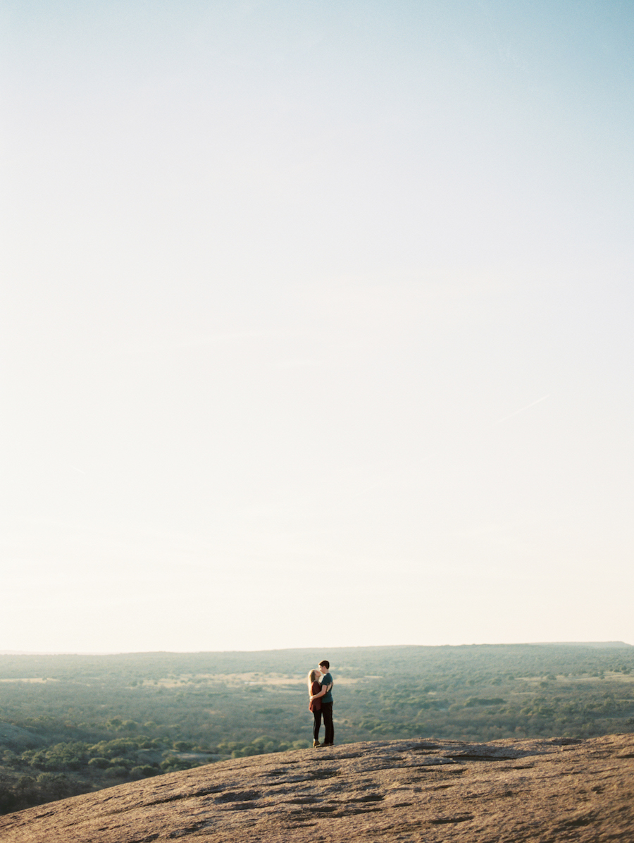 Enchanted Rock Engagement Session - Jessica Scott Photography