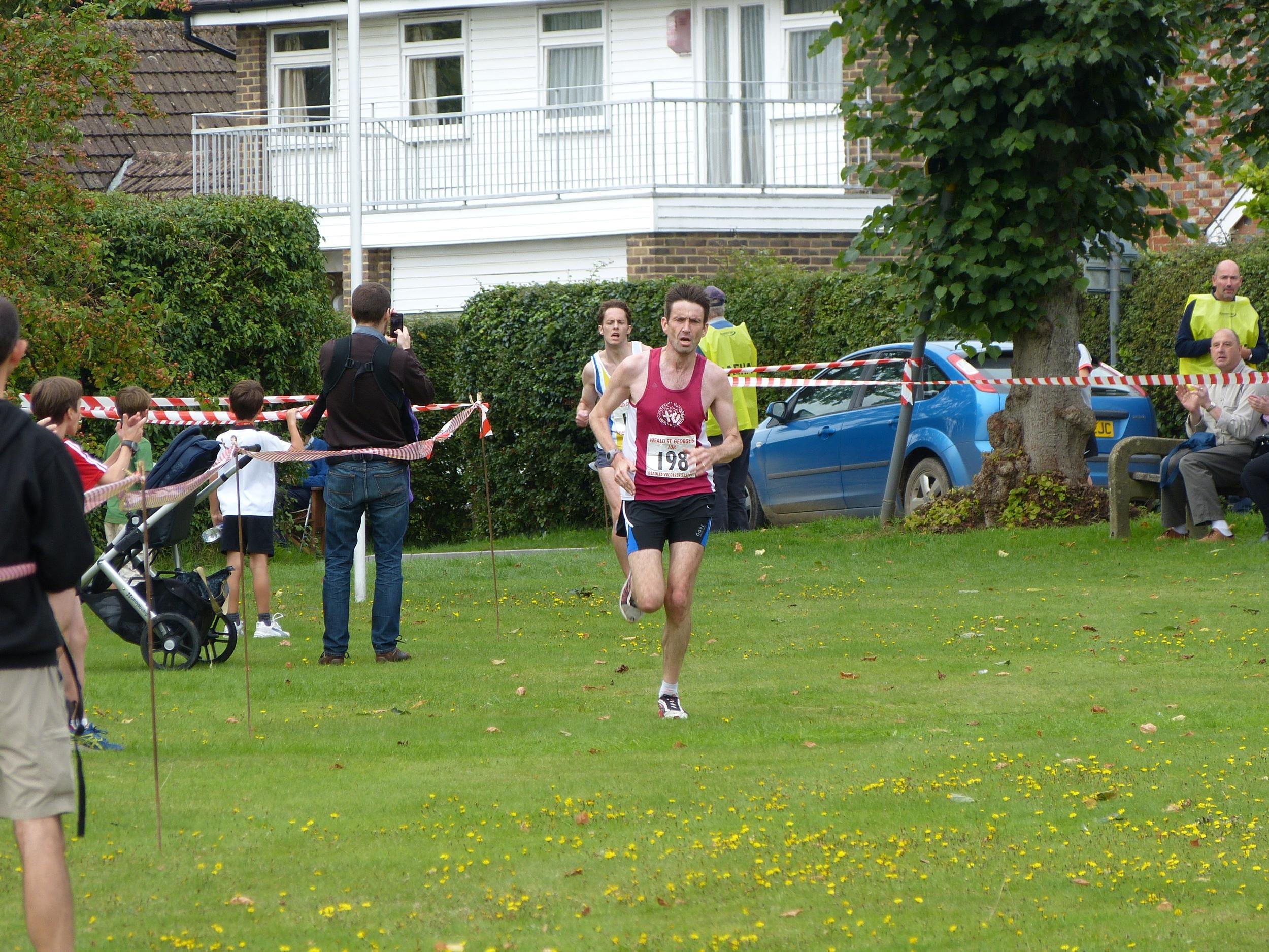 Mens 1st place Jim Addison 00:35:45