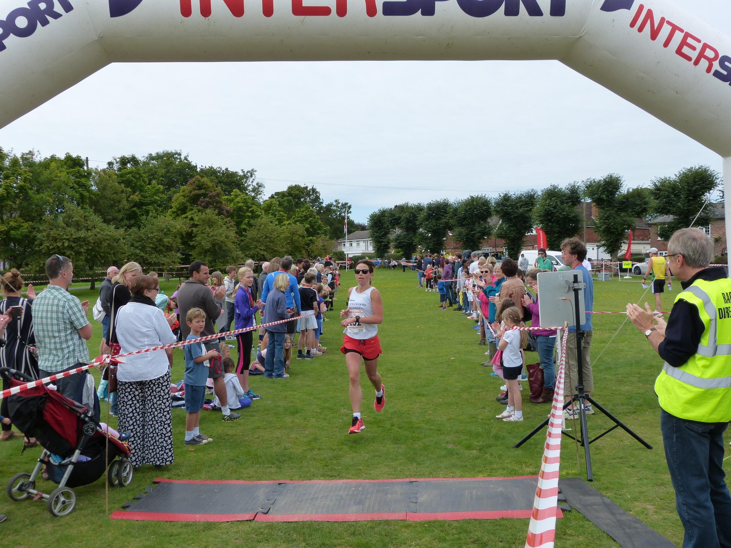 Ladies 3rd place Emma Crawford 00:41:25