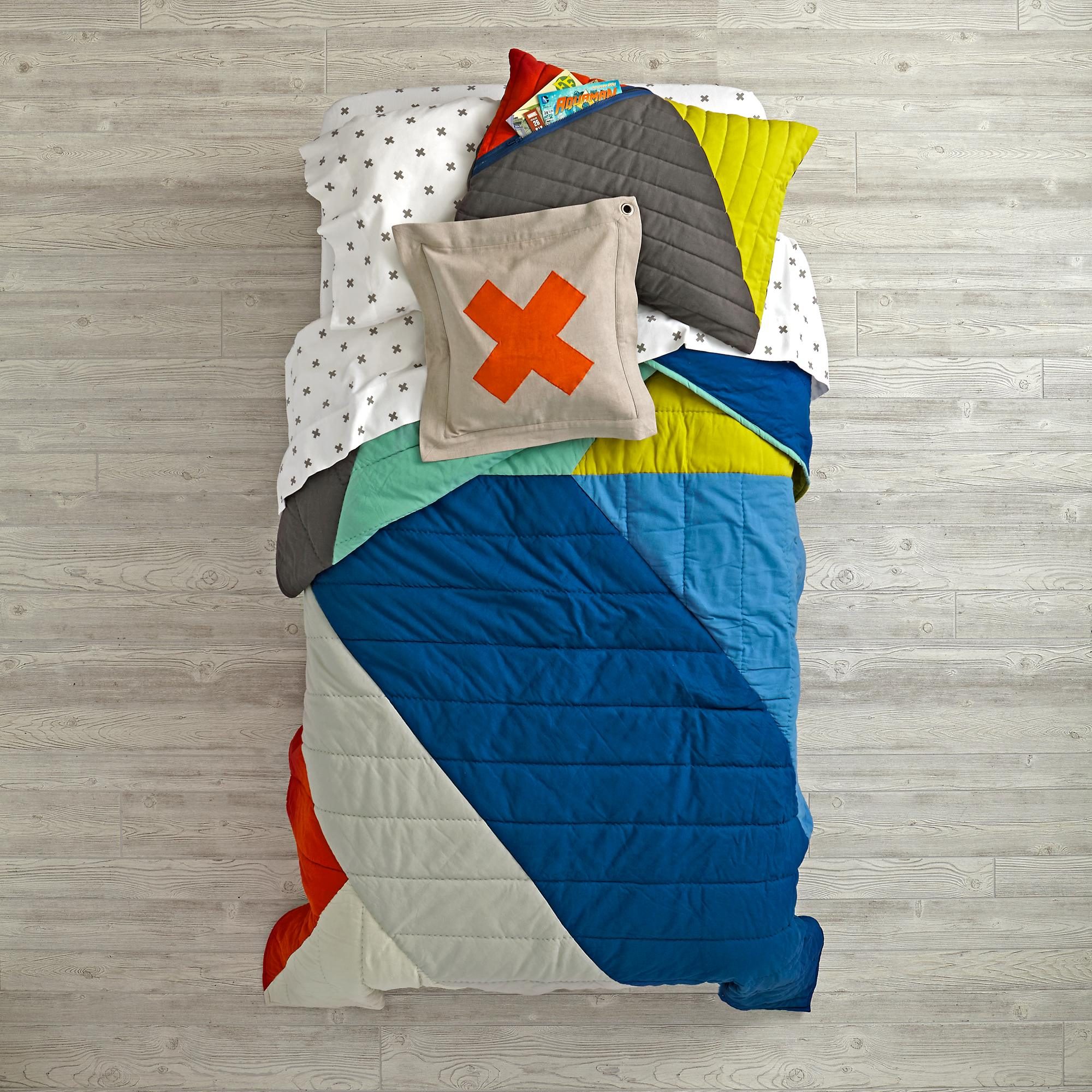 angular-bedding_1.jpg