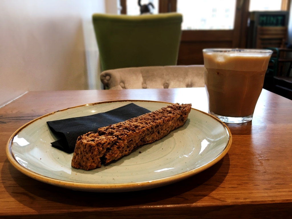 Latte and killer home-crafted biscotti (that put all other biscotti to shame)