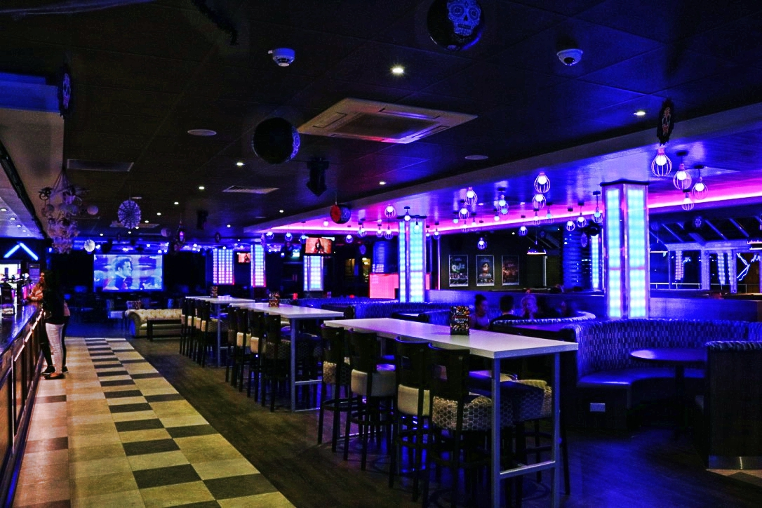 The Terrace Bar at the Teesside Student Union: drinks and food at great prices in a laid back atmosphere