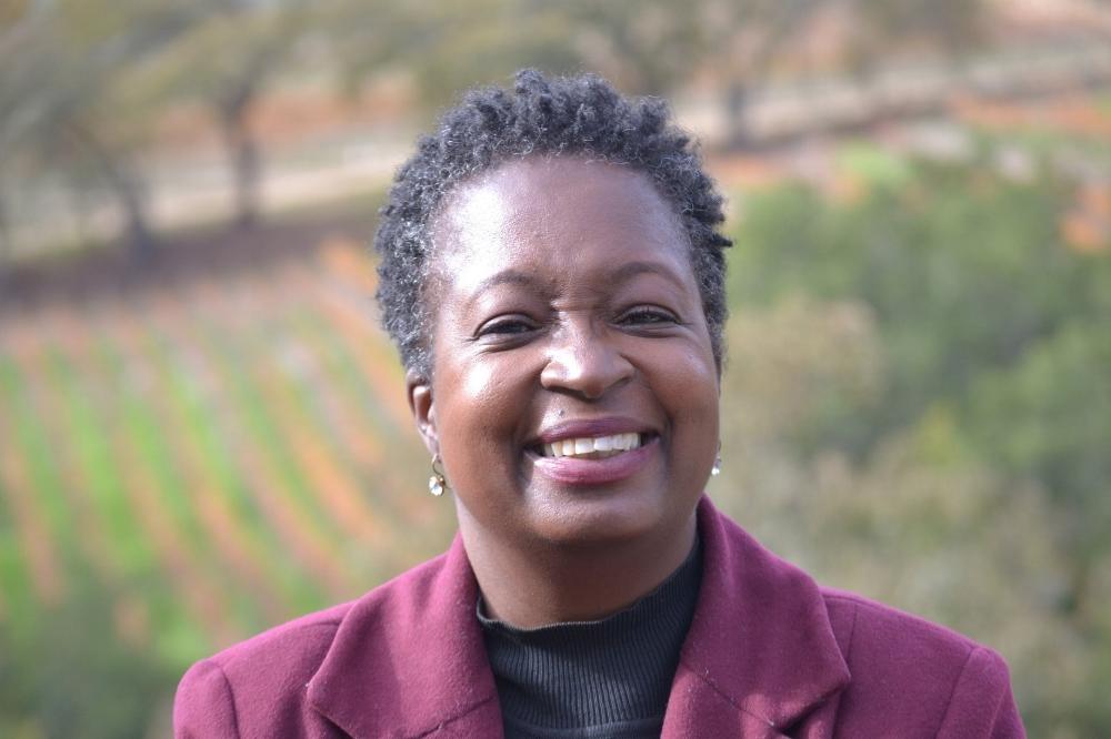 Debbie Scott Williams headshot by Jennifer Weber.JPG