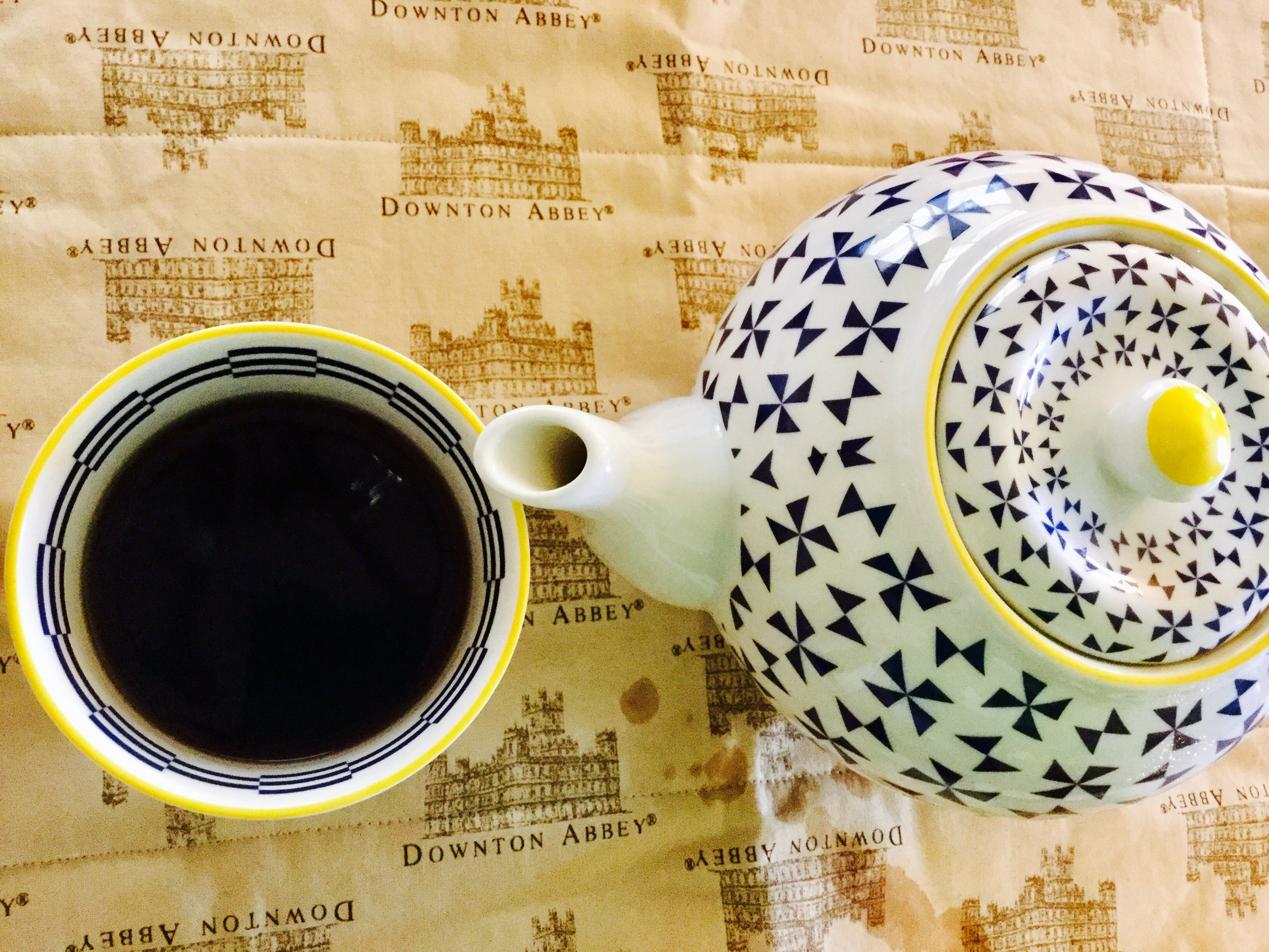 """Loose-leaf Pu'erh steeped to provide a bold, robust earthly flavor. . . With happy thoughts of """"Downton Abbey"""""""