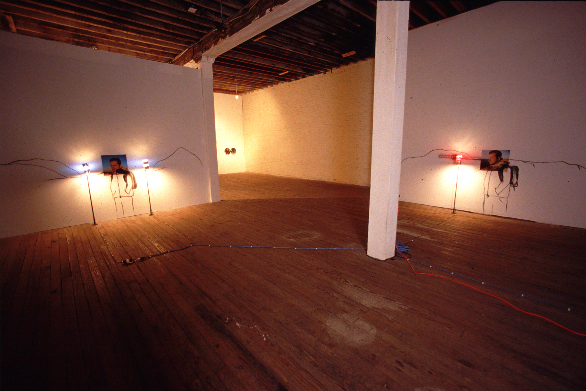 (installation view 1)