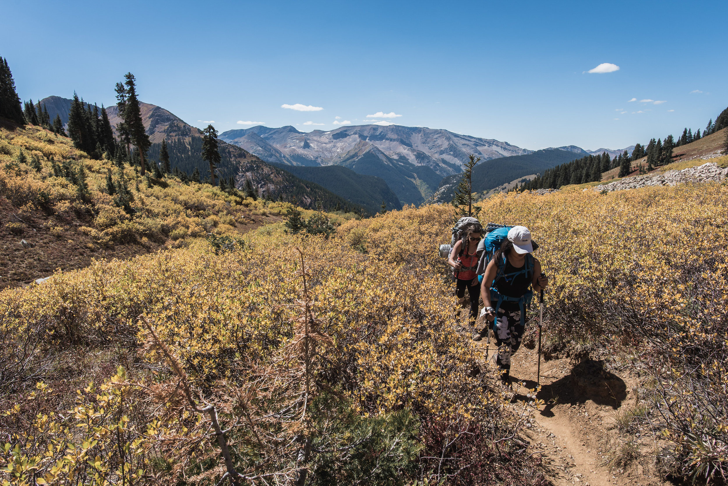 four pass loop fall colors backpacking aspen boulder photographers