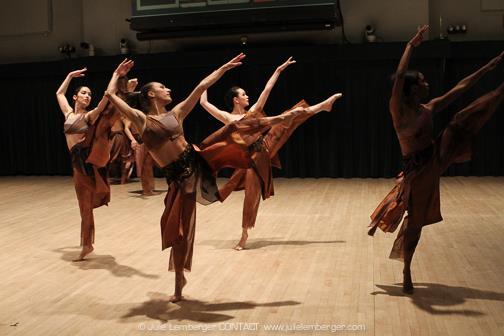 Whirlwind: Nai-Ni Chen Dance Company