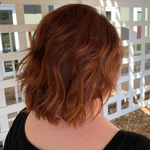 Beautiful copper red with subtle highlights.🔥