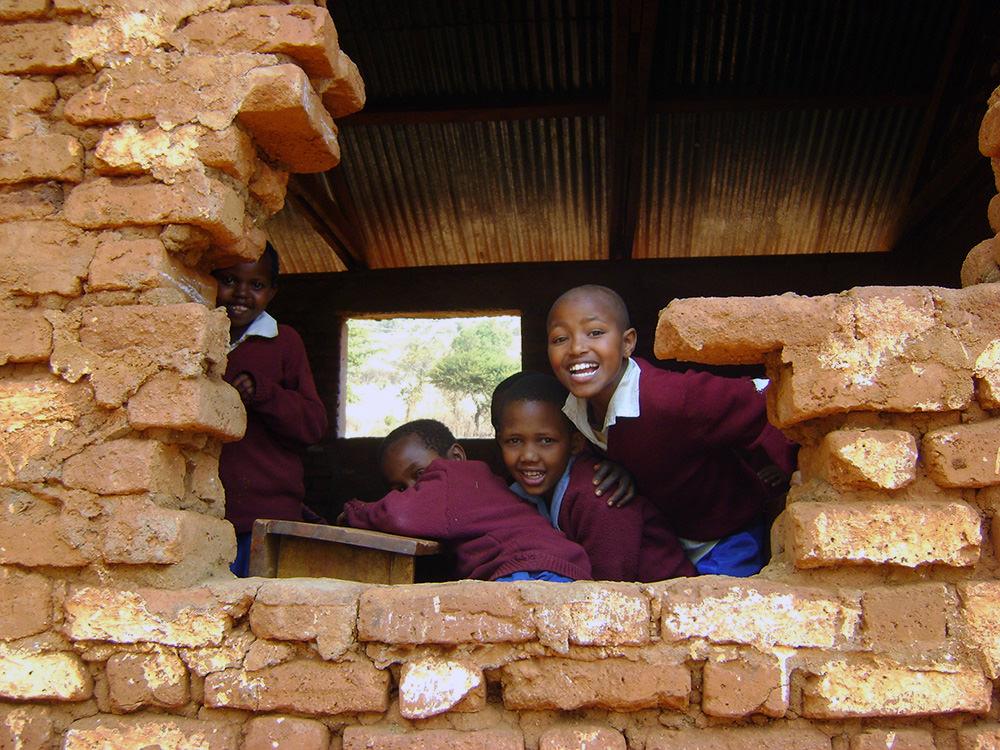 barjomot-scholarship-foundation3.jpg
