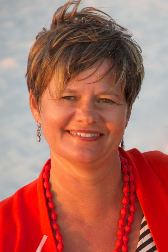Amy Brown - Sustainability & CSR report writer and storyteller. Expertise in UN SDGs, human rights and business ethics
