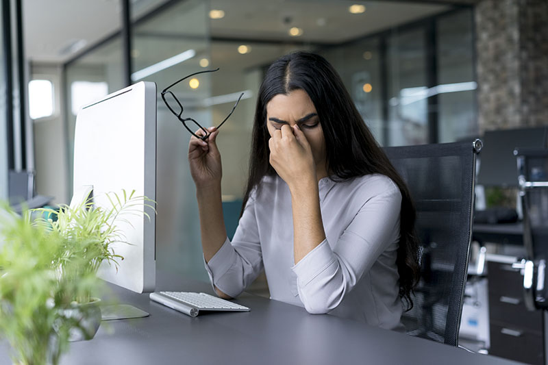 Extreme fatigue and high pressure headaches are a warning sign of diabetes in women.