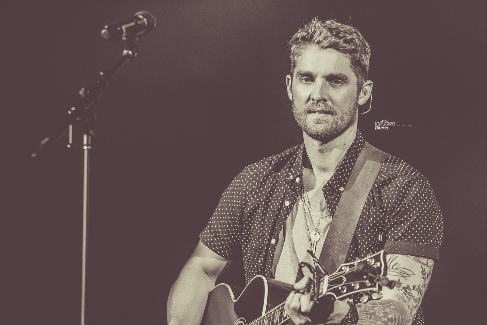 Brett Young - Verizon-3011.jpg