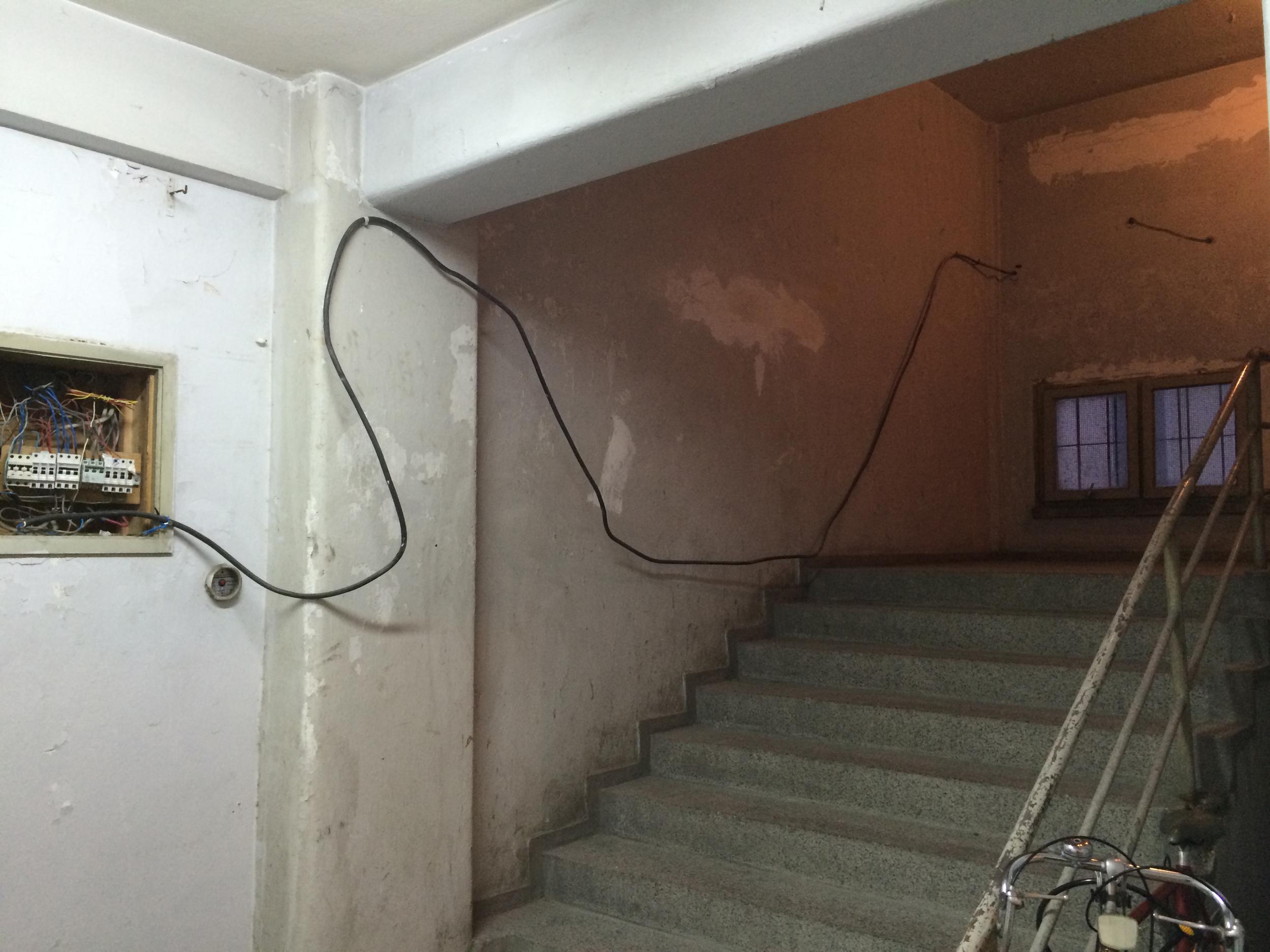 hallway-6x9.jpg