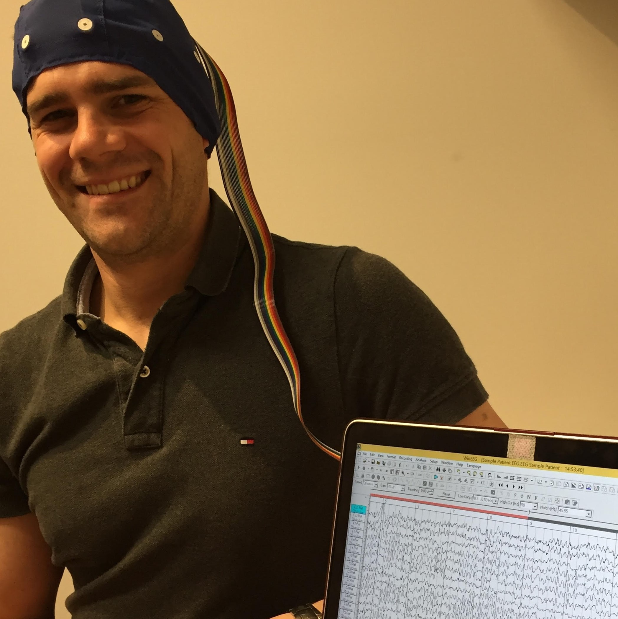 Body and Brain Centre taking a QEEG.jpg