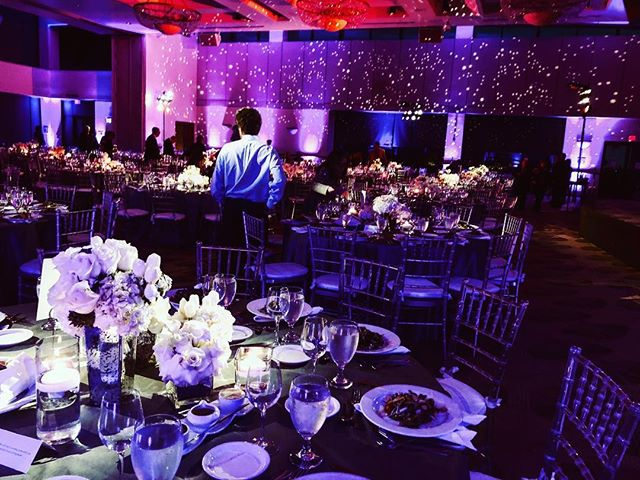 Starry, starry night 💫 Lighting for Sinai Temple's Annual Gala by @padanoproductions