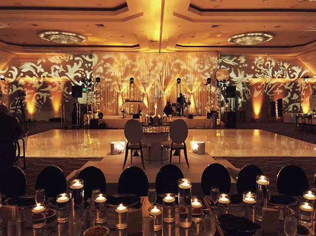Golden hour for this stunning wedding reception ✨ Venue @westinlax | Entertainment @djnextlevelofficial | Photography @radiancephotographystudio | Catering @paprika_on_beverly | Lighting @padanoproductions & Aaron Stern | Tree Arrangement @by_nicoleharris | Event rentals @hollywoodeventrentals | Event Planner @event_to_event