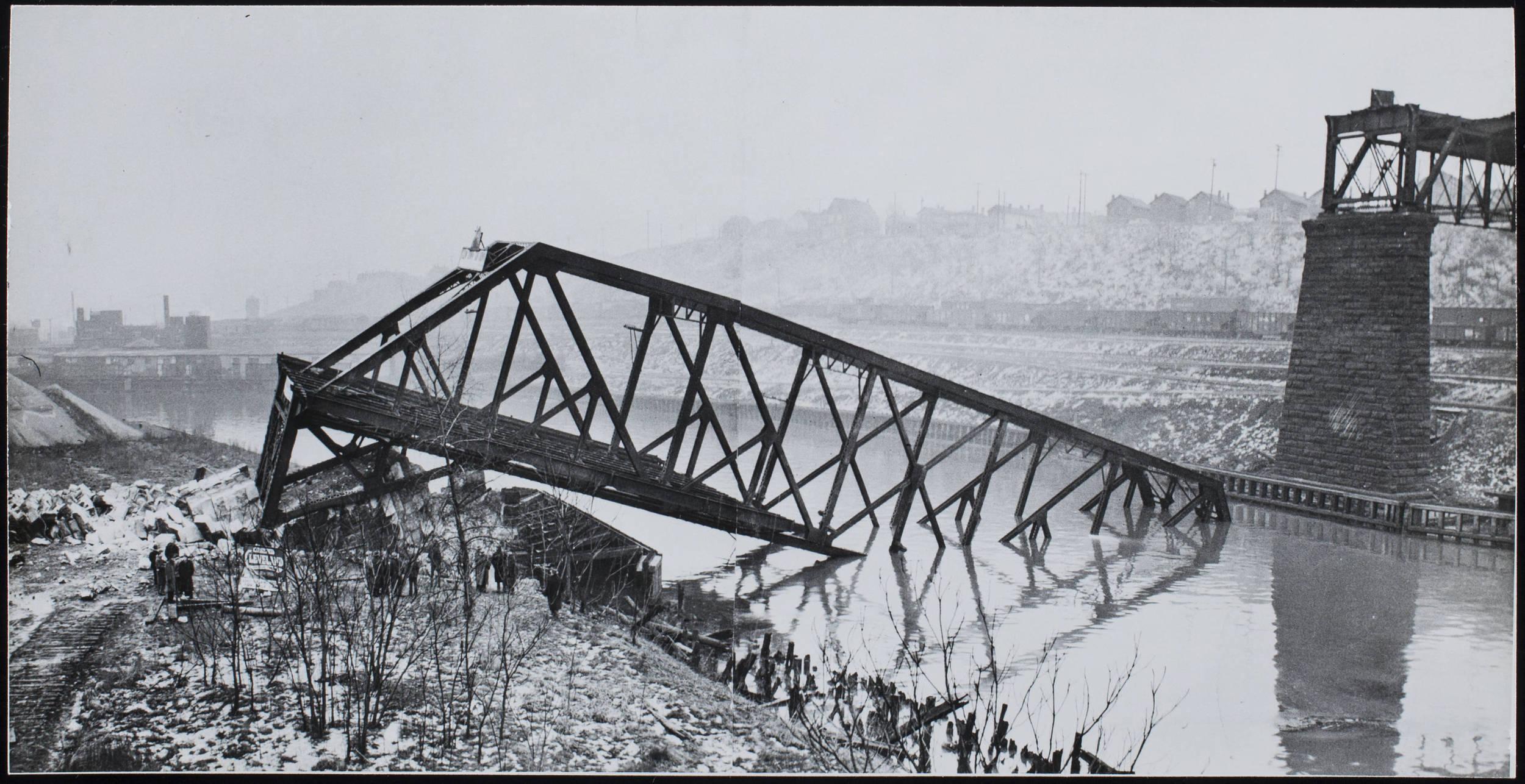 Bridges__Central_Viaduct_1943_CP00177.jpg