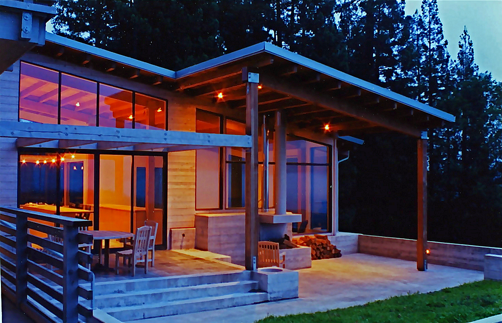 SONOMA COAST HOUSE