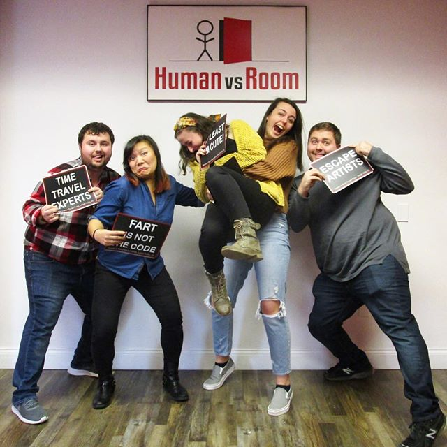 Surprise bear hug! 🐻❤️ . Escape your world. Get lost in ours! . #teamhvr #humanvsroom #escaperoom #lehighvalleyescaperoom #lehighvalley #bethlehemescaperoom #bethlehem #bethlehempa #Pennsylvania #familyfun #birthdayideas #datenight #dateideas #birthday #riddles