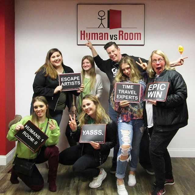 They escaped the 70s! ☮️ . Escape your world. Get lost in ours! . #teamhvr #humanvsroom #escaperoom #lehighvalleyescaperoom #lehighvalley #bethlehemescaperoom #bethlehem #bethlehempa #Pennsylvania #familyfun #birthdayideas #datenight #dateideas #birthday #riddles