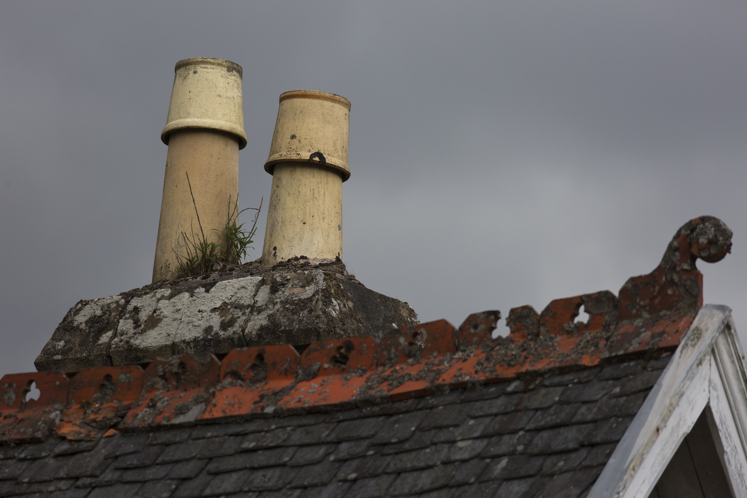 I have a thing for European chimney pots.
