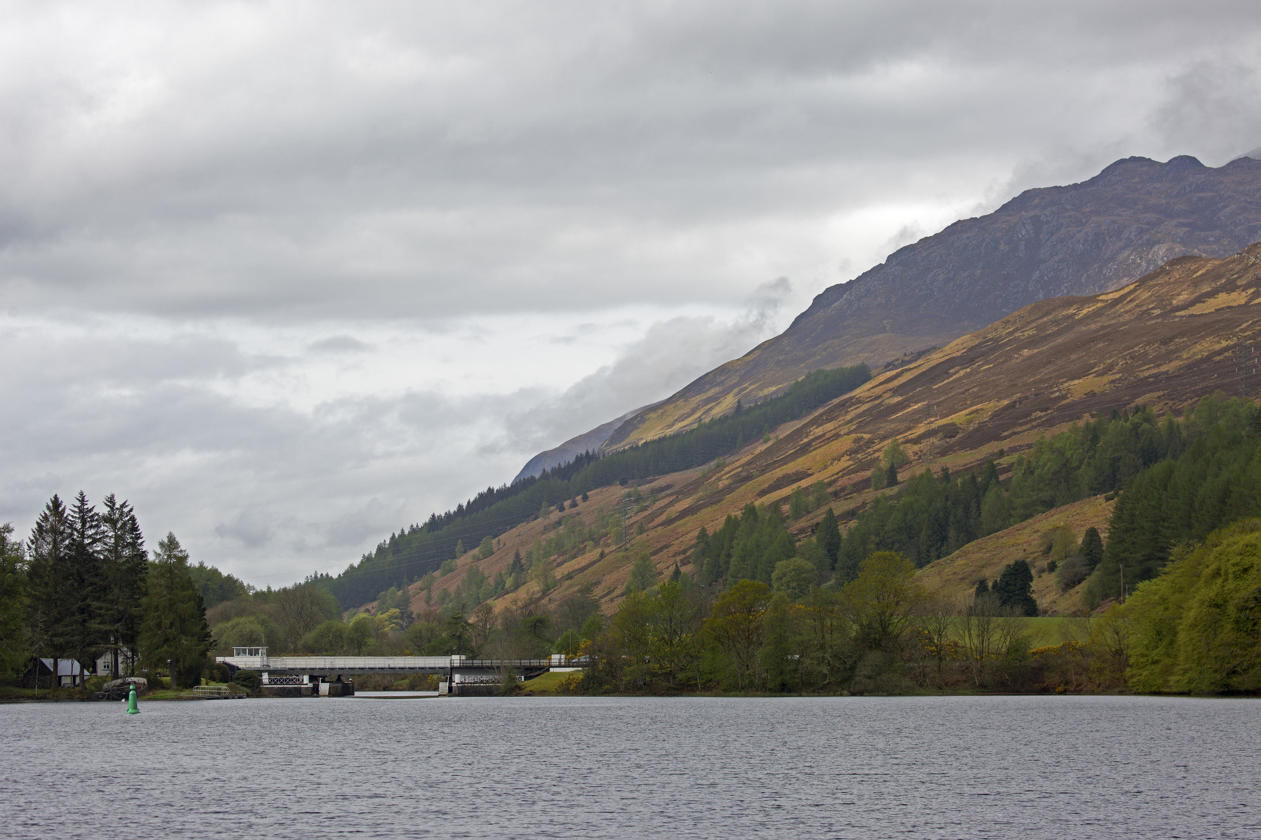 Approaching the Laggan Swing Bridge at the end of Loch Oich.