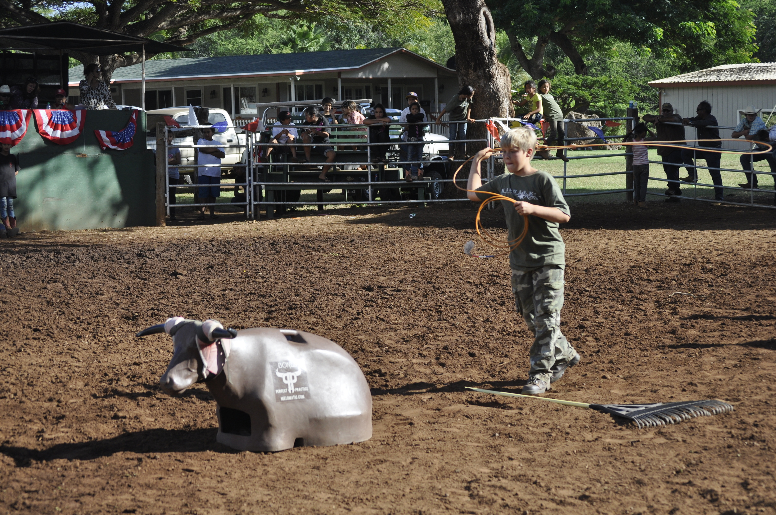All ropers have to master the dummy before chasing the real thing – it begins with the kids.