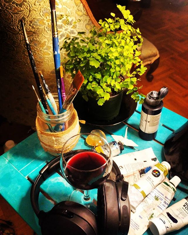 Happy Friday night! :) Ahhhh...painting, podcasts, puttering, peace.