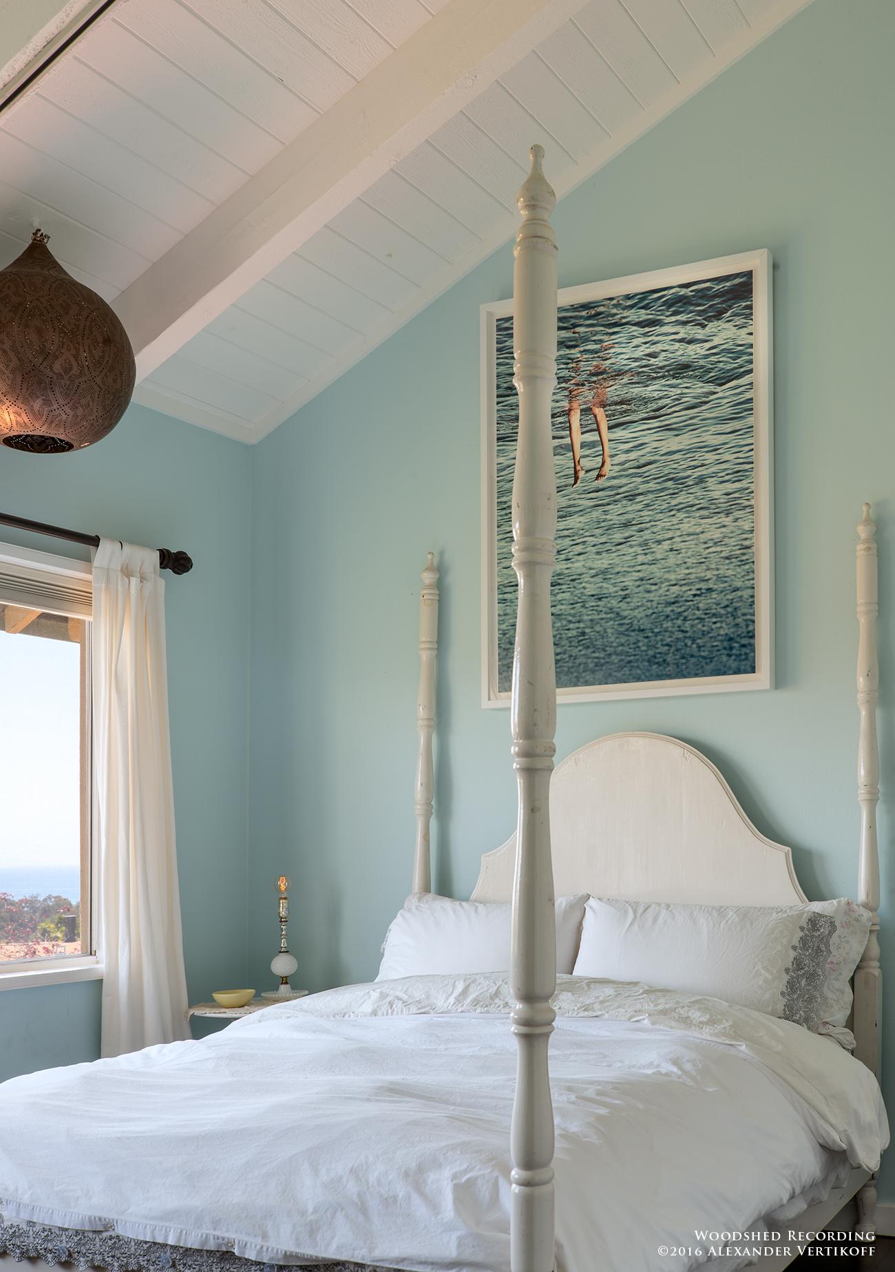 studio-malibu-woodshed-recording-studio-best-recording-studio-malibu-bedroom.jpg