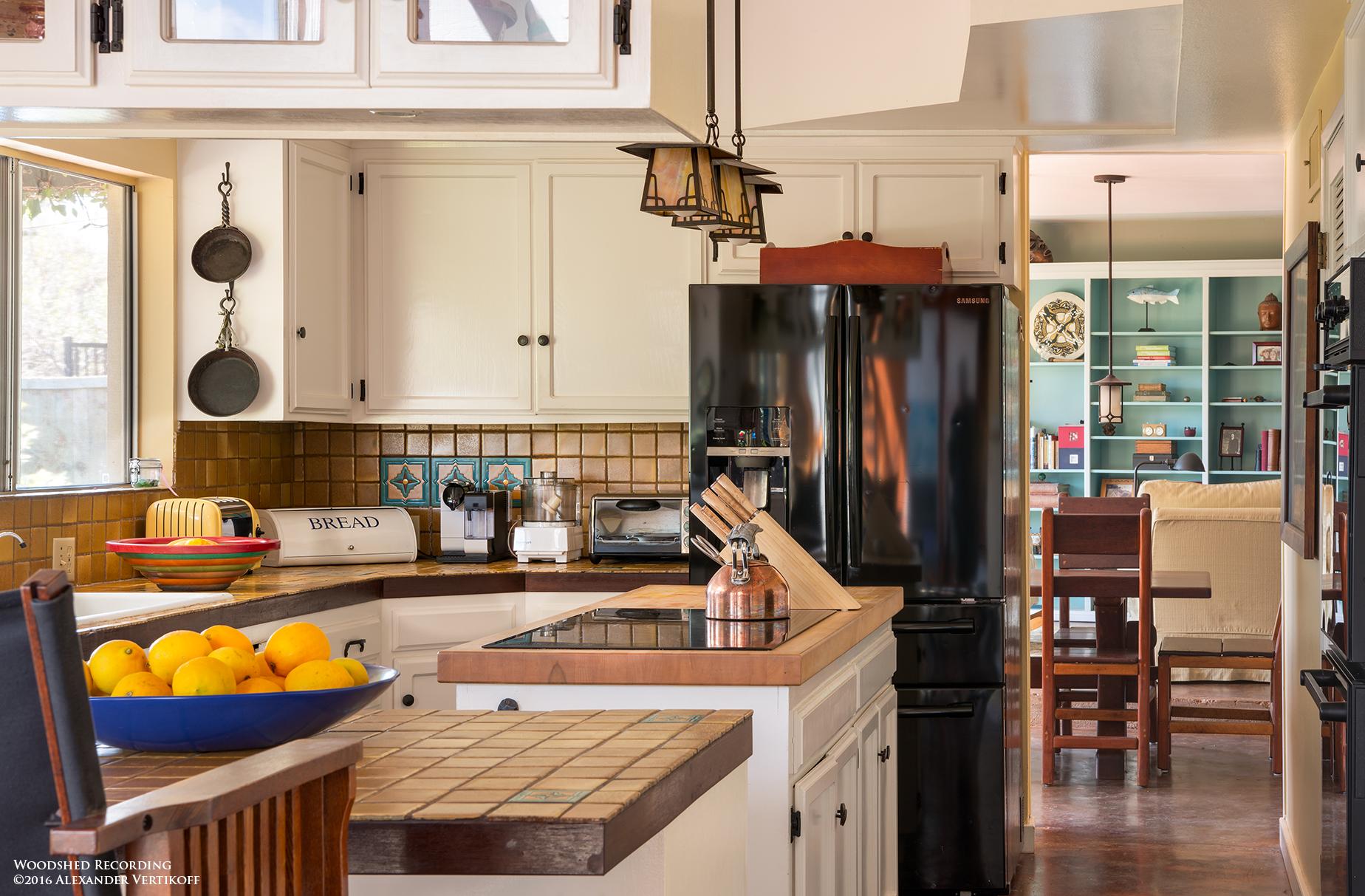 studio-malibu-woodshed-recording-studio-best-recording-studio-malibu-kitchen.jpg